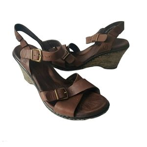 Born Brown Strappy Leather Sandal Wedges size 7